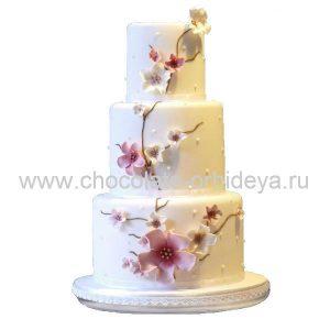 svadebnyy_tort_s_dekorom